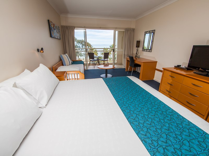 Deluxe Hotel Rooms Tangalooma Island Resort Accommodation