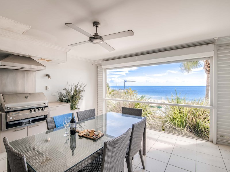 Deep Blue Holiday Apartment 17 Tangalooma Moreton Island